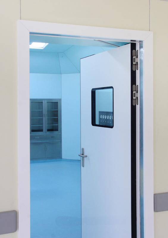 Porta pivotante automática
