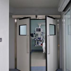 Porta automática batente